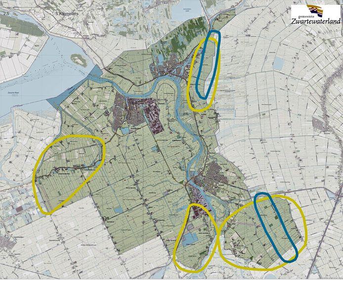 De zoekgebieden voor de opwekking van duurzame energie in de gemeente Zwartewaterland: in de gele gebieden is plek voor zonneparken en de blauwe gebieden is ruimte voor de bouw van windmolens.