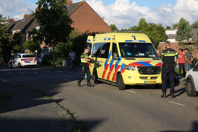 Motorrijder gewond door eenzijdig ongeluk op de Flintdijk in Roosendaal.