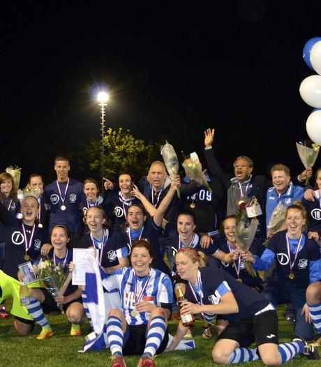 Voetbalsters FC Eindhoven kampioen na thriller