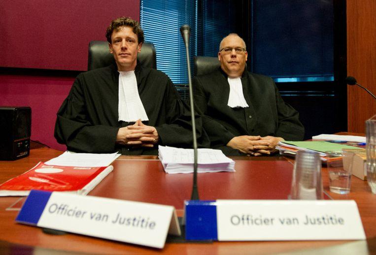 Officier van Justitie Joost Zeilstra (L) en Officier van Justitie Sikke Buis Beeld anp