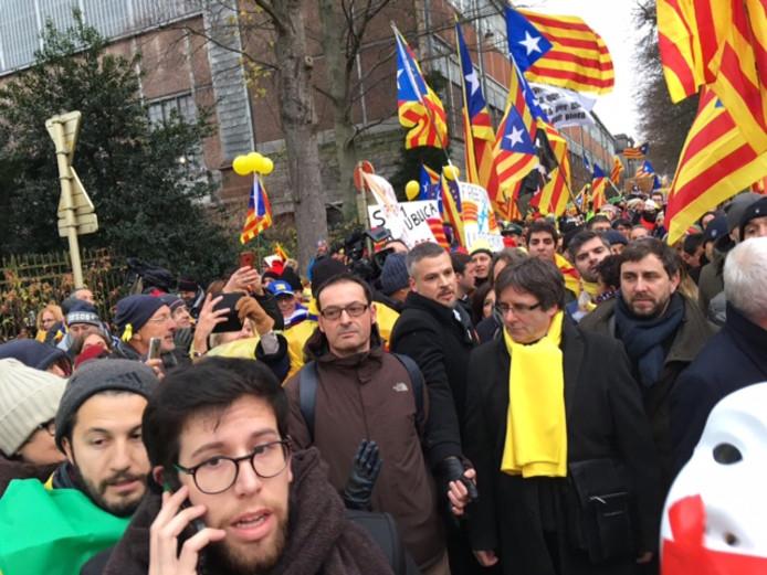 Catalaans protest in Brussel, met Carles Puigdemont.
