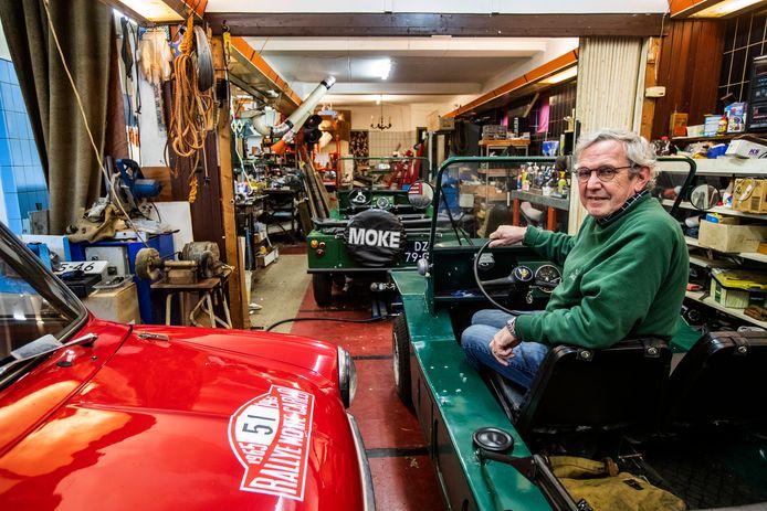 In de voormalige populaire snackbar Hartsuiker heeft eigenaar Henk Hartsuiker nu zijn grote passie geparkeerd.