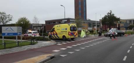 Scooterrijder gewond door botsing met auto in Veenendaal
