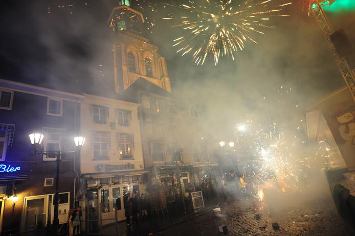 Vuurwerk op de Grote Markt in Bergen op Zoom.