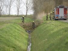 30 jerrycans met drugsafval van xtc-lab gevonden in Oud-Vossemeer