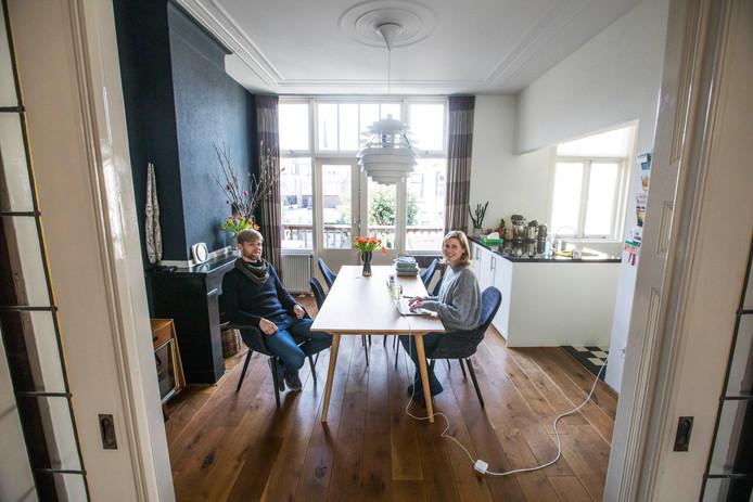 """Renske en Daniël: ,,Het huis heeft een fijne sfeer en veel originele elementen zijn er nog."""""""
