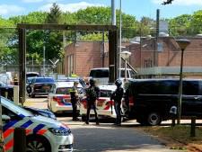 'Enorme geweldsexplosie': 6 maanden cel en tbs voor 20-jarige na oproer in Den Hey-Acker