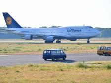Lufthansa parkeert zes imposante Boeings op vliegveld Twente