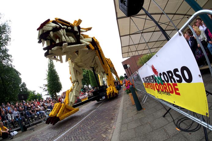 Sfeerimpressie van een eerdere editie van het Bloemencorso Lichtenvoorde.