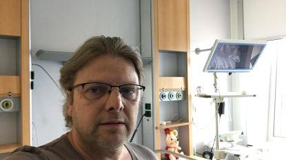 """Johan (51) in quarantaine: """"Nieuws over besmetting via pers moeten horen, maar we maken ons geen zorgen"""""""