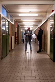 Landelijke belangstelling voor Koningsschool in Apeldoorn, maar: 'jammer, hier mogen geen appartementen'