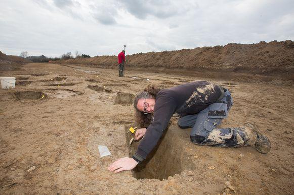 Archeologische vondst, een deel van de Romeinse Heïrbaan blootgelegd
