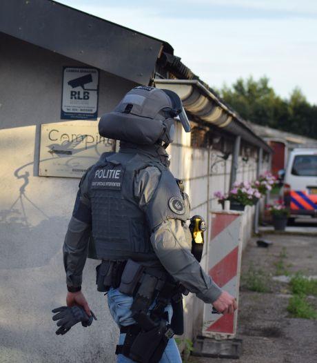 Arrestatieteam haalt man uit vrachtwagen in Groesbeek