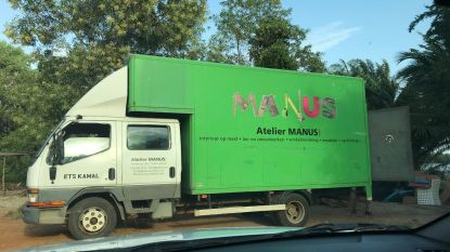 """Vijf jaar geleden gestolen in Lokeren, nu duikt truck op in Ivoorkust: """"Adres van zaak staat nog op deur"""""""