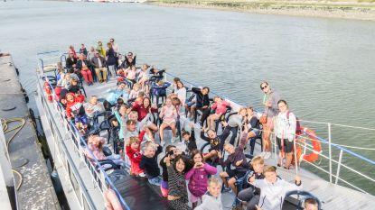 De Wereldbrug op zeeklas in Nieuwpoort
