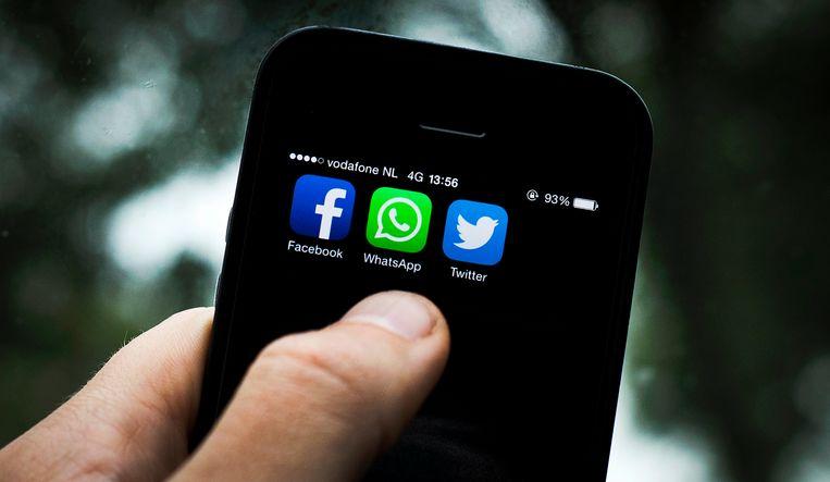 Het gaat onder meer om Facebook, Twitter, Microsoft, Google, Reddit, en Google-dochter YouTube en Microsoft-dochter LinkedIn.