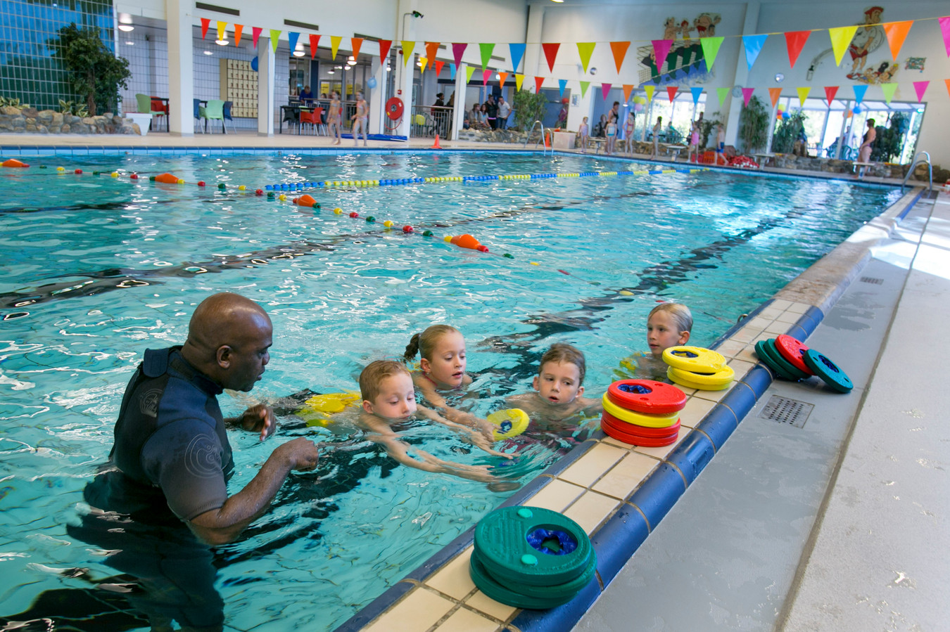 ©Roel Dijkstra Fotografie - Foto: Joep van der Pal   Schiedam - zwembad zuid is weer open