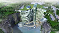 China bouwt al elf jaar aan deze 'omgekeerde wolkenkrabber'. En hij is bijna klaar
