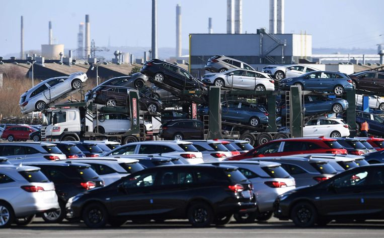 Opels in het Engelse Cheshire. Beeld AFP