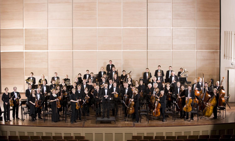 Het Symfonieorkest Nijmegen speelt in de Stevenskerk.