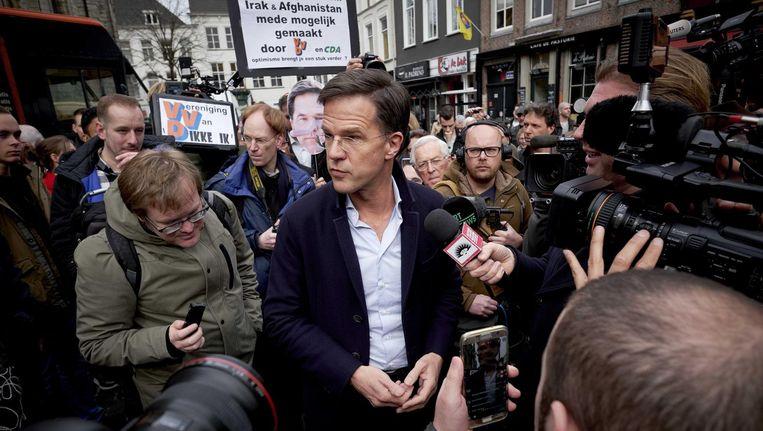 Premier Mark Rutte zaterdagmiddag in Breda tijdens een VVD-campagnebijeenkomst op de Grote Markt. Beeld anp
