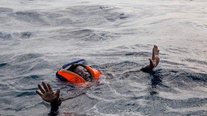 """Reddingsorganisatie slaat alarm: """"120 mensen in nood op Middellandse Zee"""""""