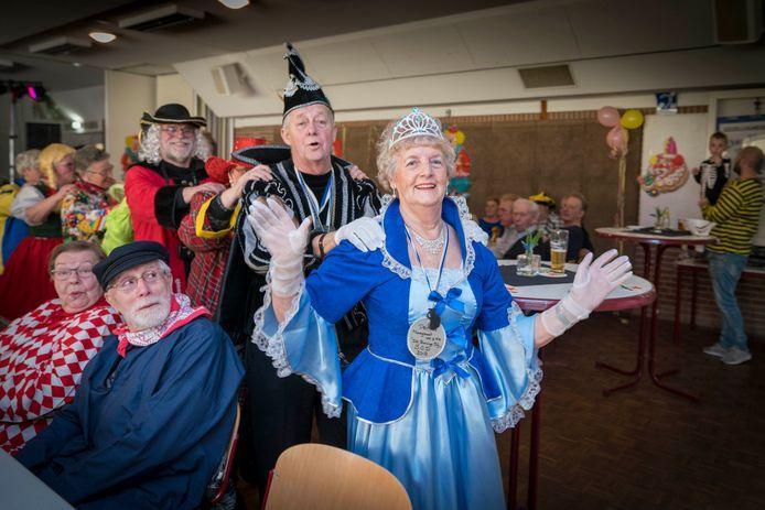 Carnaval in Doornenburg in februari 2018. De ouderenvereniging in het dorp kiest nog altijd een prins en prinses.