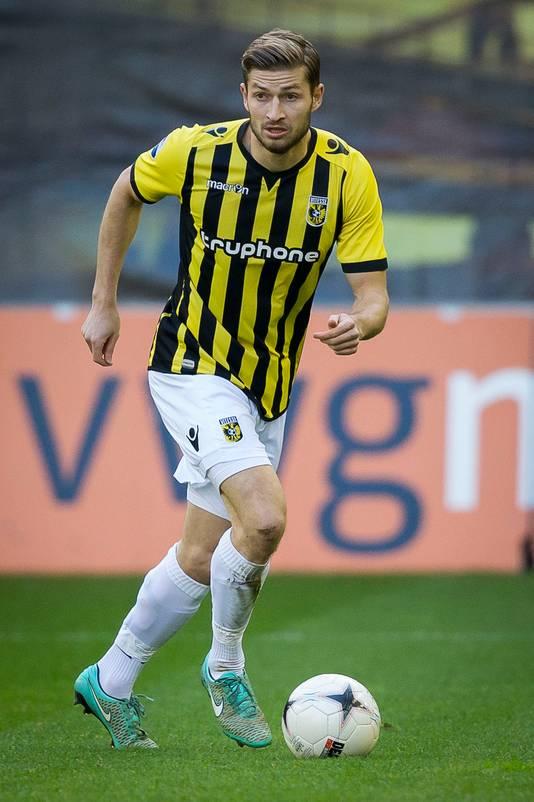 Jan-Arie van der Heijden in het shirt van Vitesse in 2014