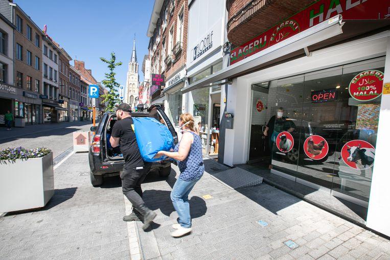 Het FAVV viel binnen in de halalslagerij in de Luikerstraat in Sint-Truiden.