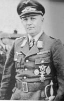 De Duitse generaal Kurt Student zat met zijn hoofdkwartier in Huize Bergen in Vught.