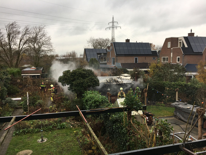 Brand in een schuur aan de Grutto in Deventer.