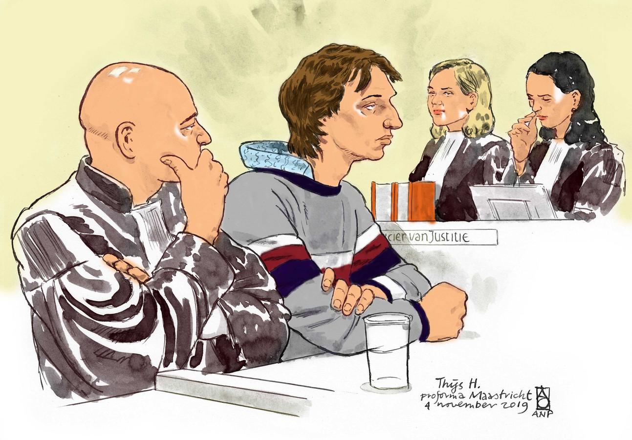 Rechtbanktekening van Thijs H. tijdens de pro-formazitting in de rechtbank van Maastricht. In een eerdere zitting bekende de 27-jarige verdachte de moorden.