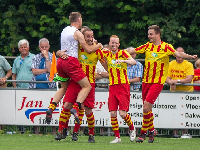 Go Ahead Kampen had genoeg te vieren; 10-0 in de beker tegen CVVO.