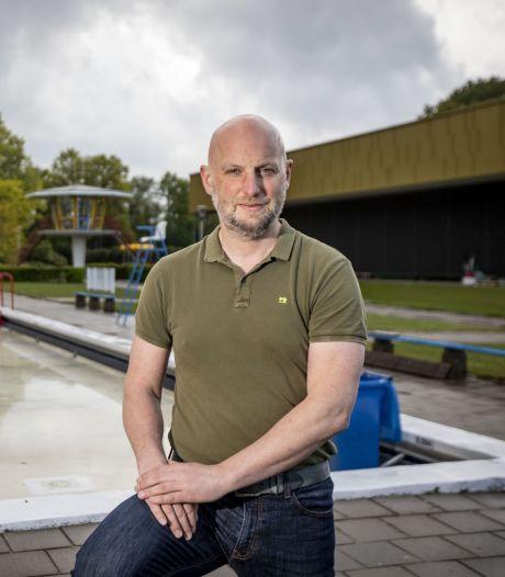 Zwemmen in Twentebad? 'Zonder mondkapje op kom je er niet in!'