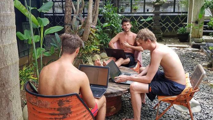 Les employés de la société Brandfirm, à Bali