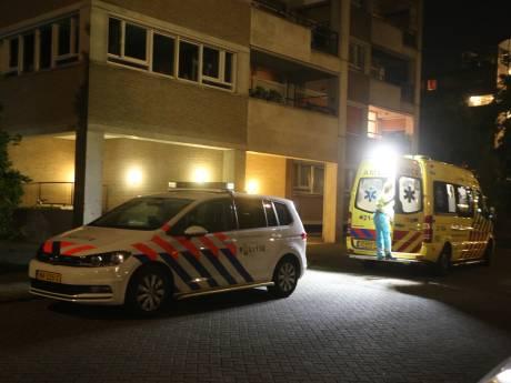 Bejaarde Vughtenaar werd neergestoken, opgesloten en overvallen: daders lopen nog vrij rond