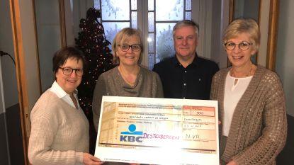 N-VA Destelbergen-Heusden schenkt 500 euro aan De Steijger voor De Warmste Week