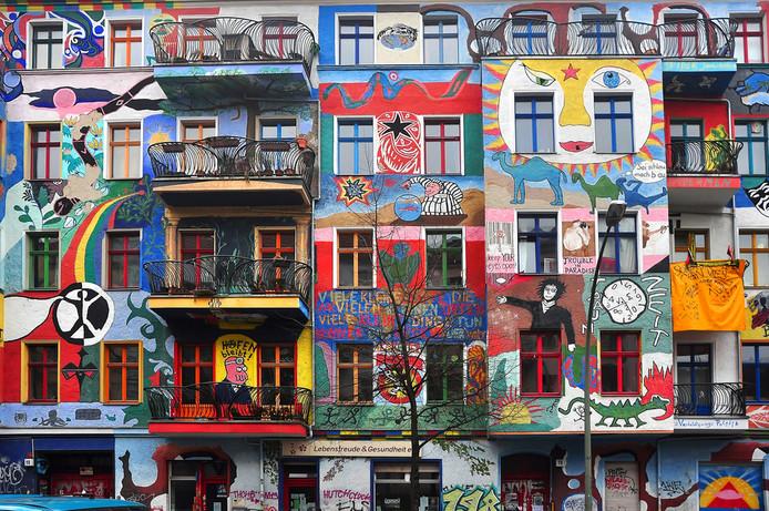 Berlijn, bekend om z'n beschilderde huizen, bevriest de huur voor vijf jaar.