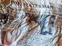 Een exemplaar van de eveneens Engelstalige Indiase krant The Statesman.