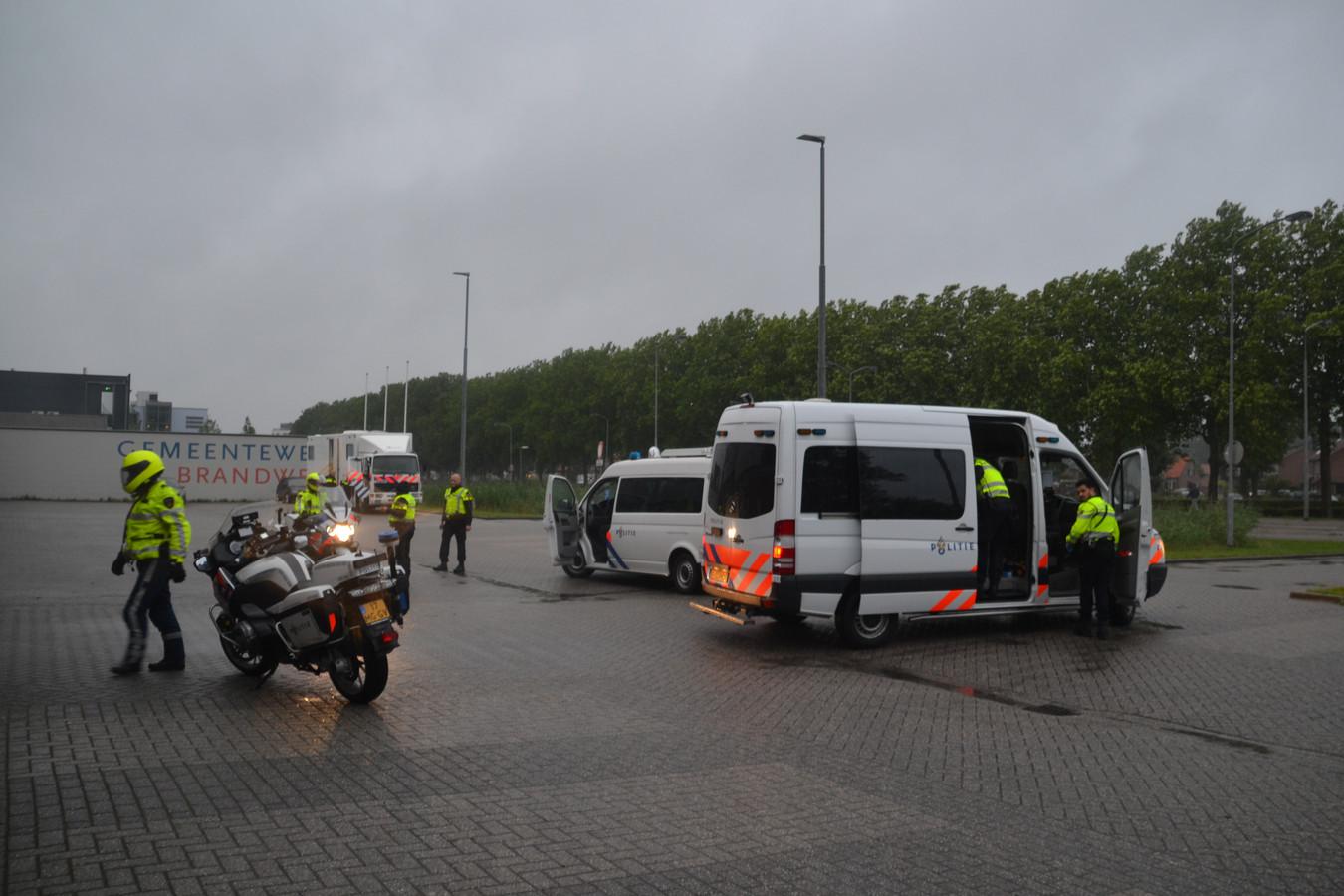 De politiecontrole in Druten zaterdagavond.
