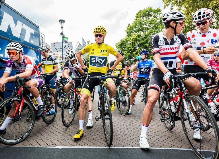 Froome aan de start in Etten-Leur. Beeld Jiri Buller / de Volkskrant