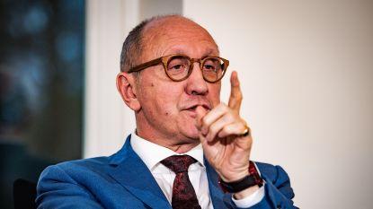 "Grondwetspecialist Johan Vande Lanotte: ""Avondklok in Antwerpen is onwettig"""