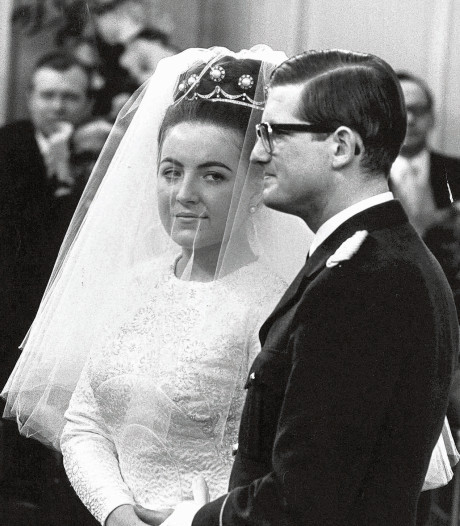 Prinses Margriet trekt bruidsjurk uit de kast voor 52ste jubileum