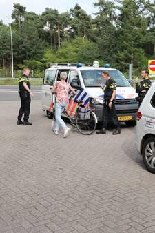 Vrouw fietst per ongeluk op Midden-Brabantweg