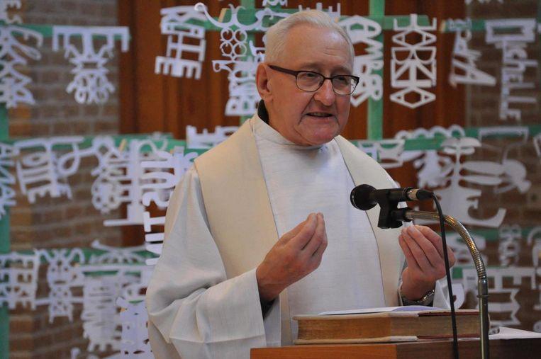 Schoolpriester Fernand Cornelis sprak altijd vol passie over de Kerk.