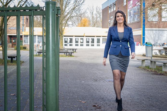 Vestigingsdirecteur Antonella Carletti van het Scala college vestiging Diamantstraat.