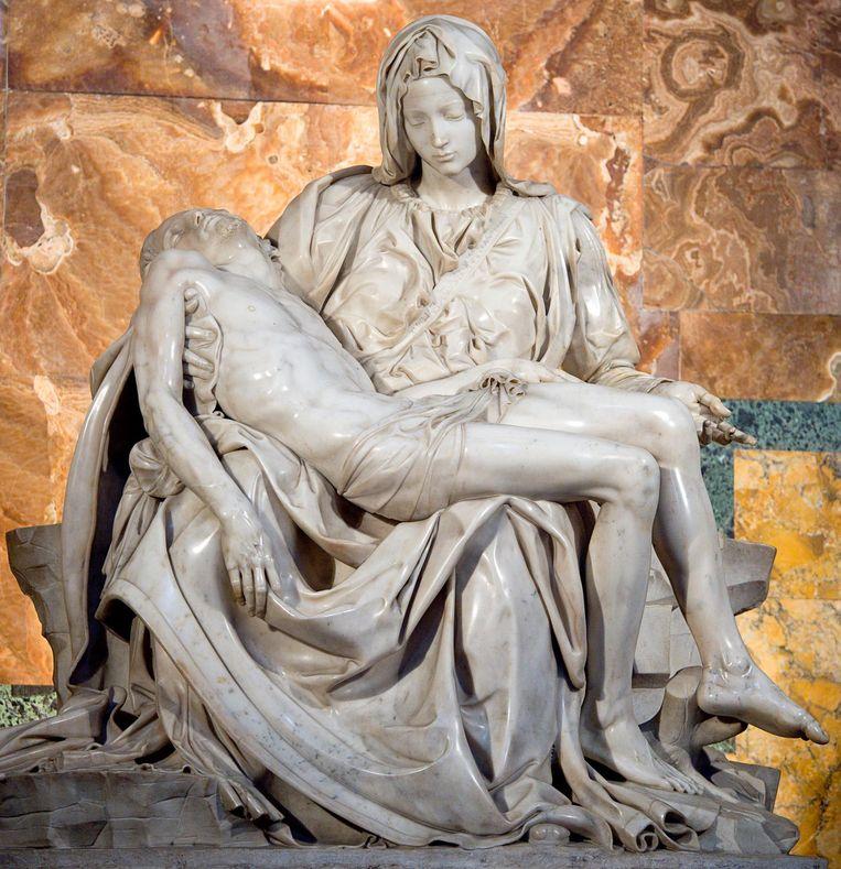 'Michaelangelo's Pieta is het sterkste symbool van verlies.' Beeld getty
