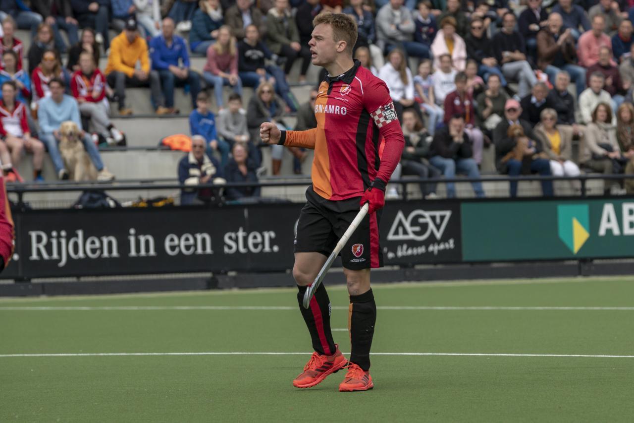 Oranje-Rood simpel voorbij Tilburg.