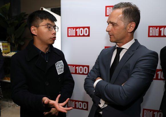Joshua Wong in gesprek met Duits minister van Buitenlandse Zaken Heiko Maas.