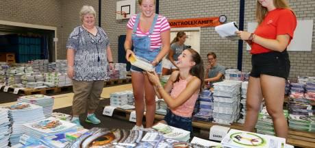 Wat te doen op een snikhete dag? Boeken sorteren voor Lek & Linge Culemborg!